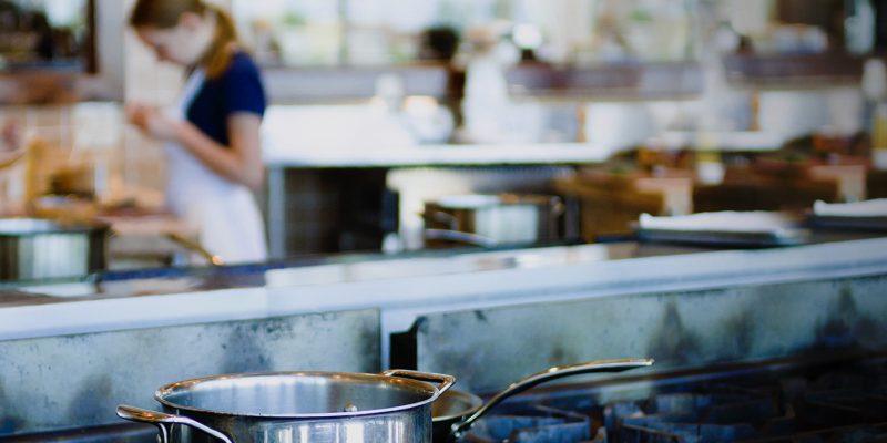 robust udstyr til fælleskøkken