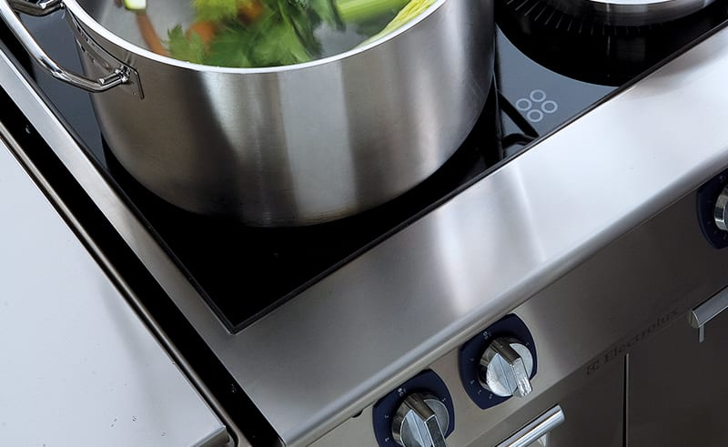 professionelt køkkenudstyr : xp koge-stege serie til indretning af det professionelle køkken
