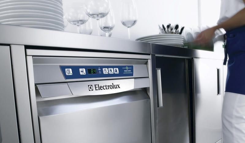 underbordsopvaskemaskine – op til 40 kurve pr. dag