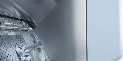 Automatisk inderdør i Line 6000 barrierevaskemaskine