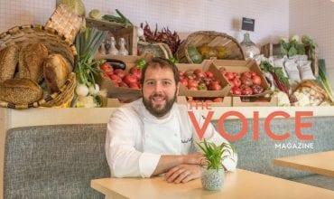 the voice magazine - portada con Roberto Cabrera. Cocinas profesionales Electrolux