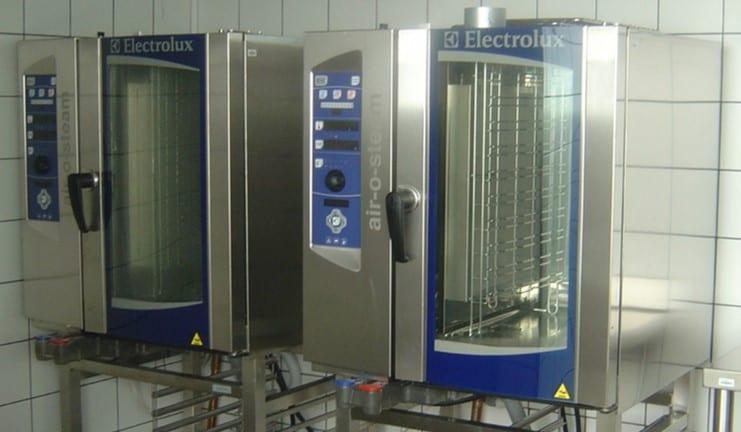 Hornos Electrolux en la cocina Hospital de La Zarzuela, Madrid - Referencias Electrolux Professional