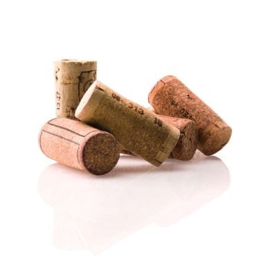Corchos wine line