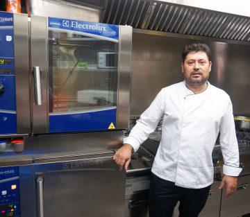 El chef Luis Felipe Pinto de la Txitxarrería