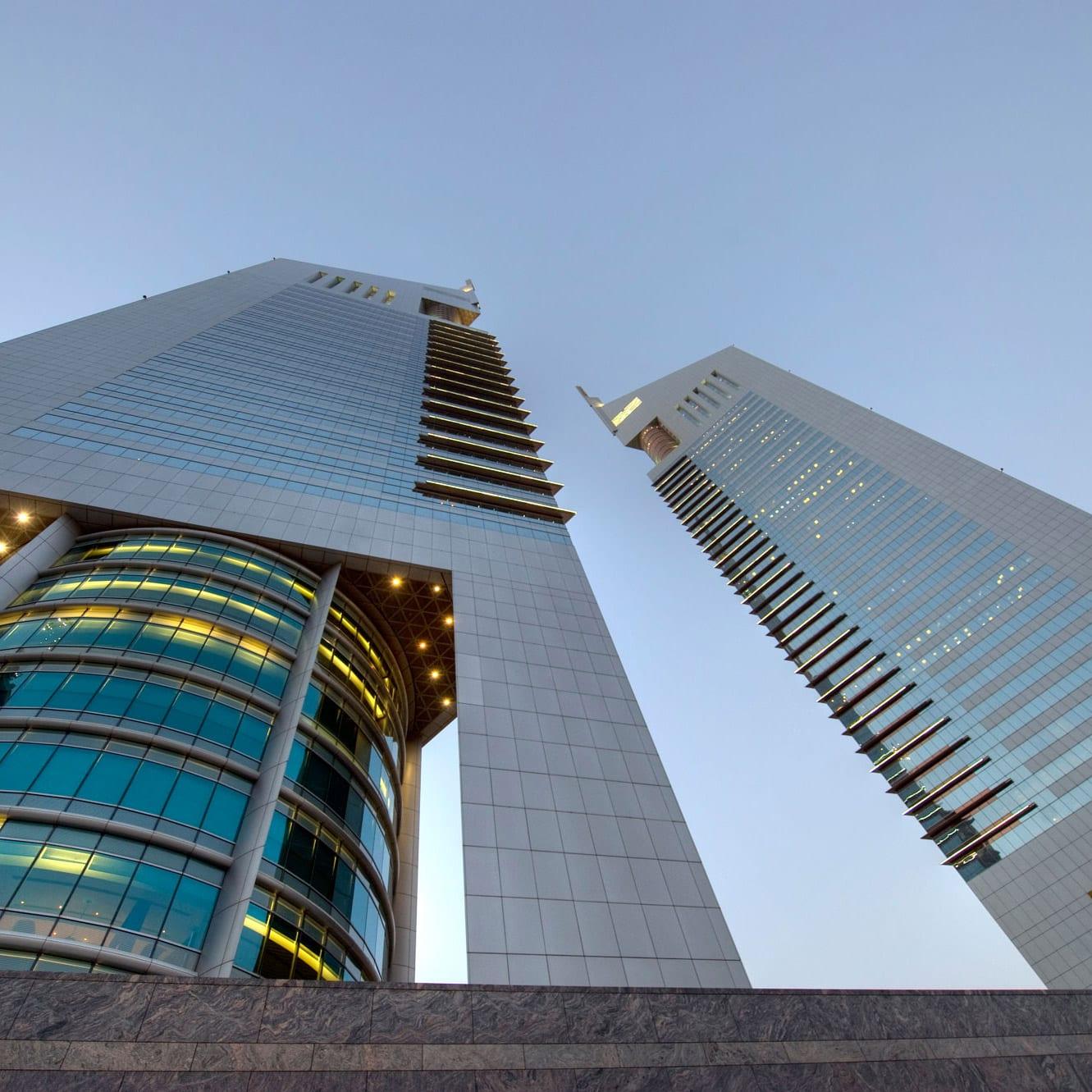 Jumeirah_Emirates_Towers-hotel-Close-Up_Exterior-2