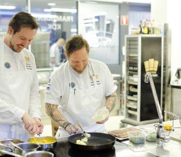 Jimmi Eriksson och Anders Karlsson från svenska kocklandslaget