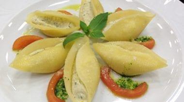 Gragnano pasta shells stuffed